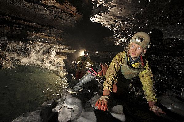 洞穴探险装备
