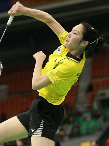 成池铉-韩国羽毛球女单运动员虐被受美女绑警察图片