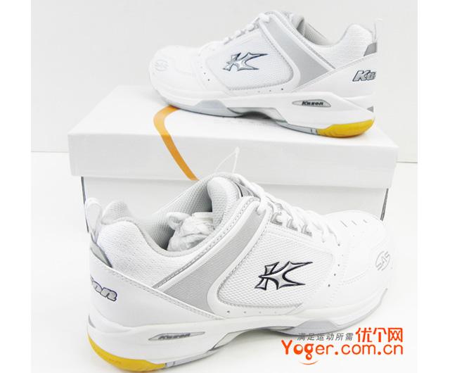 凯胜KASON FYTE005-1羽毛球训练鞋(银白高贵,性价比亲民的典范)