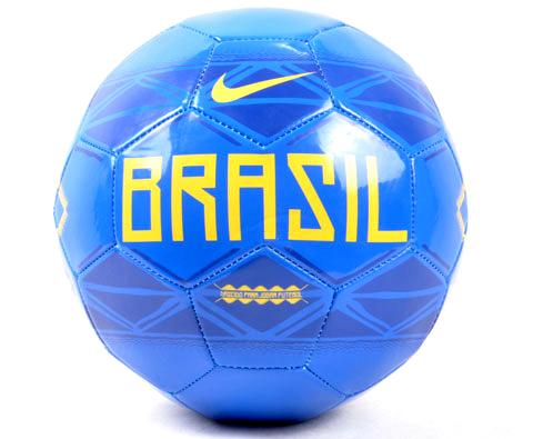 NIKE耐克 (SC2043-470) 巴西队纪念足球,象征狂野浪漫精神