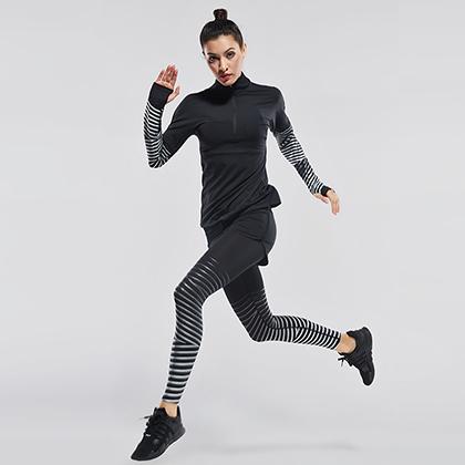 范斯蒂克 女款运动套装 速干弹力三件套 黑拼流光银(保暖舒适,流光溢彩)