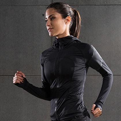 范斯蒂克 女款速干衣 速干弹力跑步长袖 健身服FBF70103 浅灰流光(轻盈透气,流光溢彩)