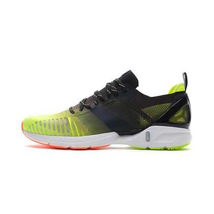 李宁跑步鞋 超轻16代 ARBP009-5 男 荧光亮绿/标准黑(轻透、轻爽、轻盈)