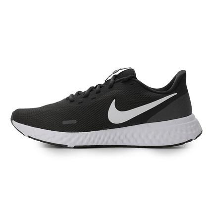 Nike 耐克NIKE REVOLUTION 5男子跑步鞋輕盈緩震秋冬 BQ3204-002 黑/白/媒黑